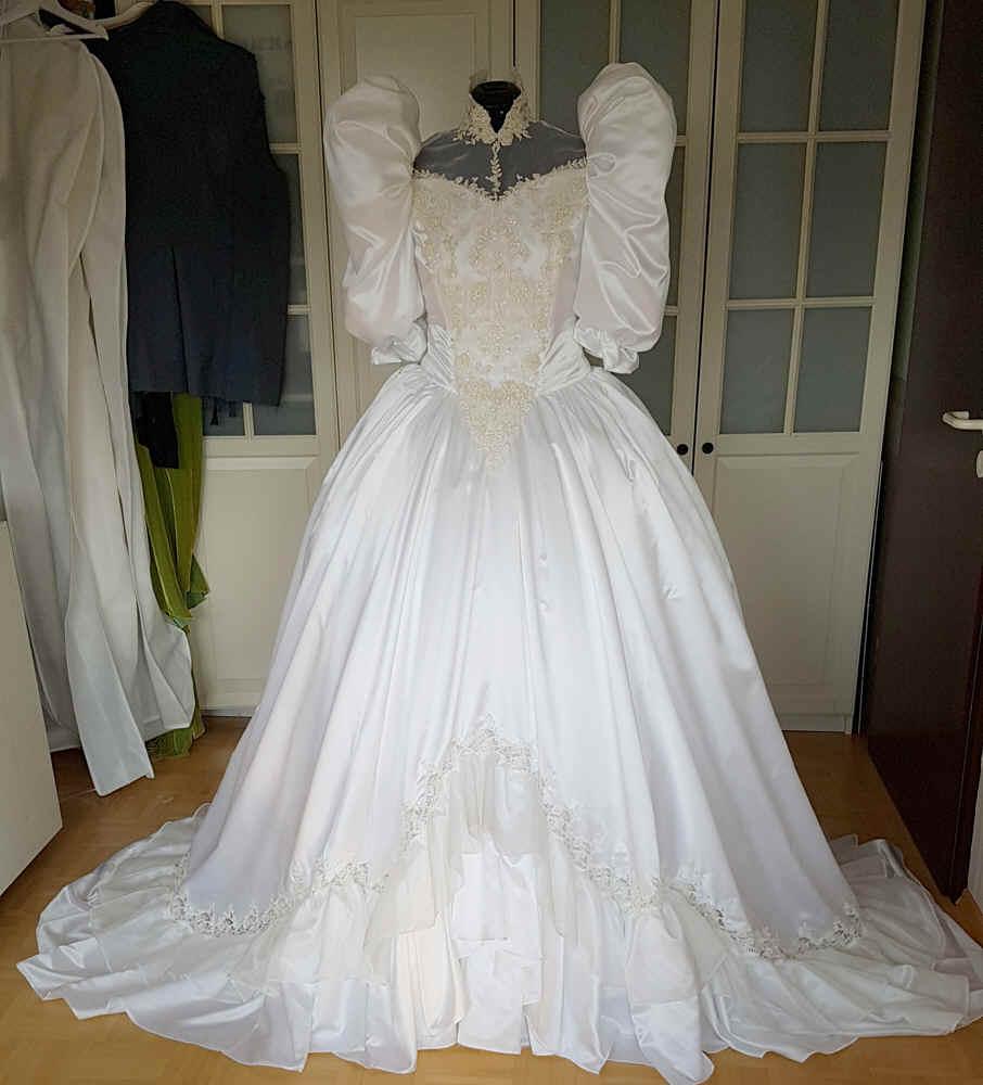 Brautkleid 80er Jahre Puffärmel