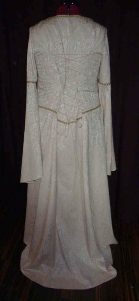 Brautkleid Mittelalter Damast