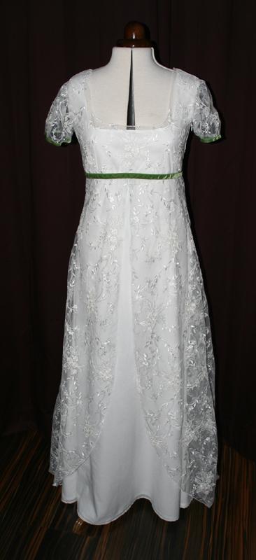 Brautkleid Spitze grünes Band