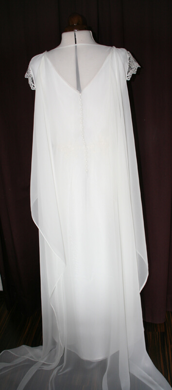 Brautkleid abnehmbare Schleppe