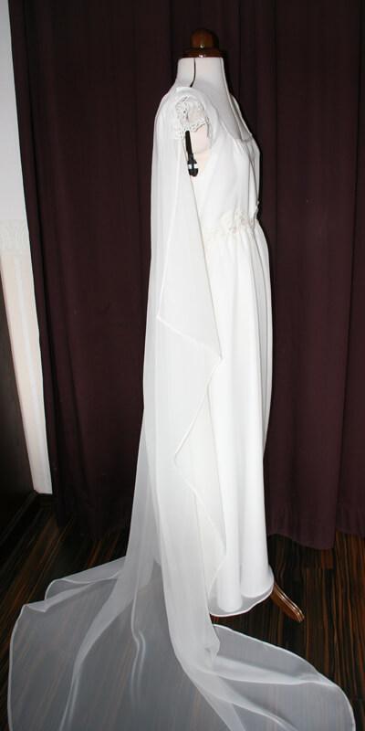 abnehmbare schleppe Brautkleid schmal