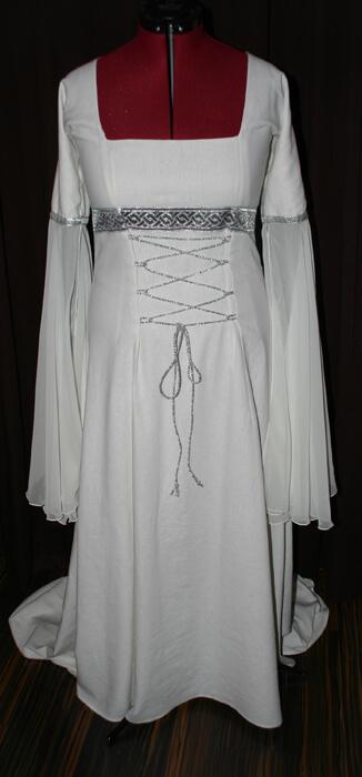 Brautkleid weiss silber Elfe