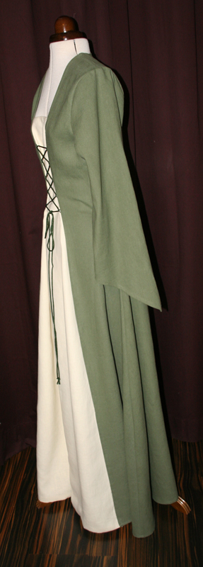 Hochzeitskleid Leinen grün Mittelalter