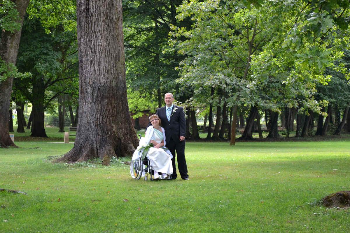 Rollstuhl Brautkleid