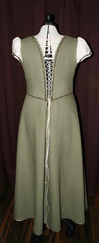 Brautkleid grün Leinen
