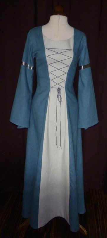 Mittelalterhochzeit Hochzeitskleid