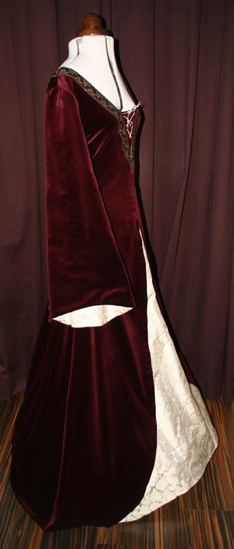 Mittelalter Hochzeitskleid Samt bordeaux