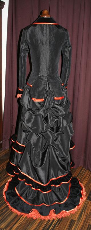 Natural Form Robe schwarz Orange