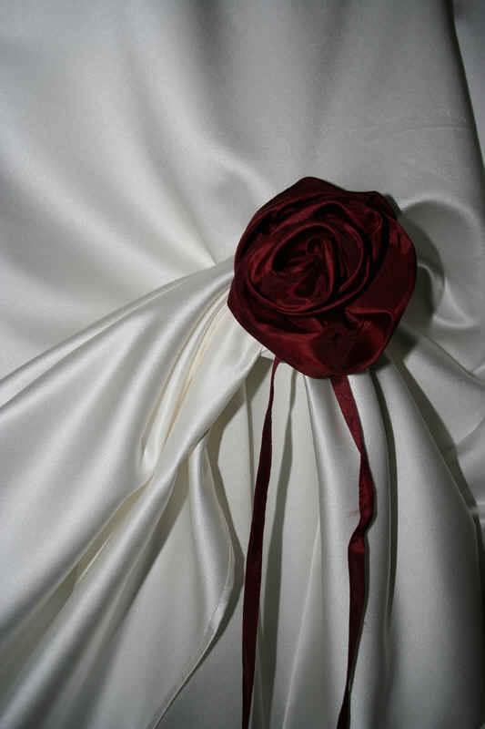 Rose Hochzeitskleid