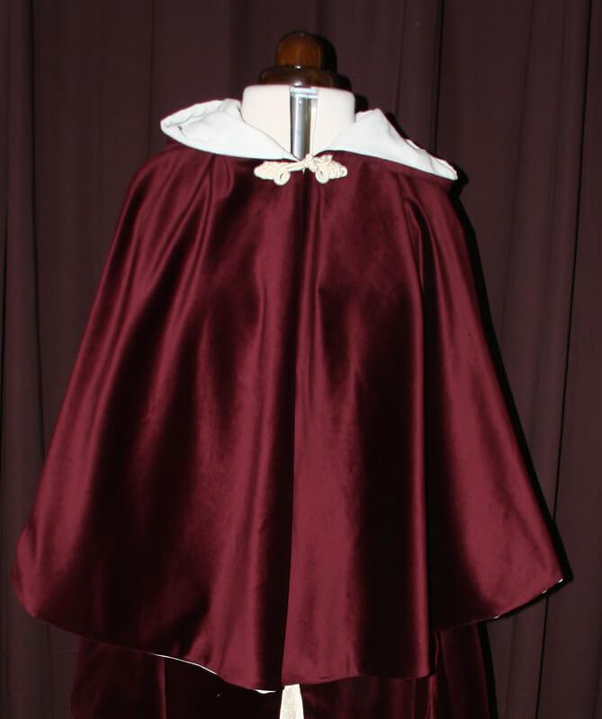 hochzeitskleid cape
