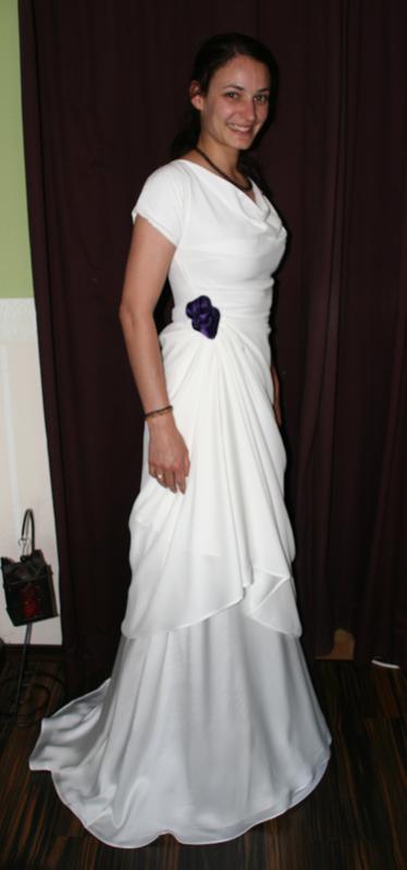 fließendes Brautkleid Seide