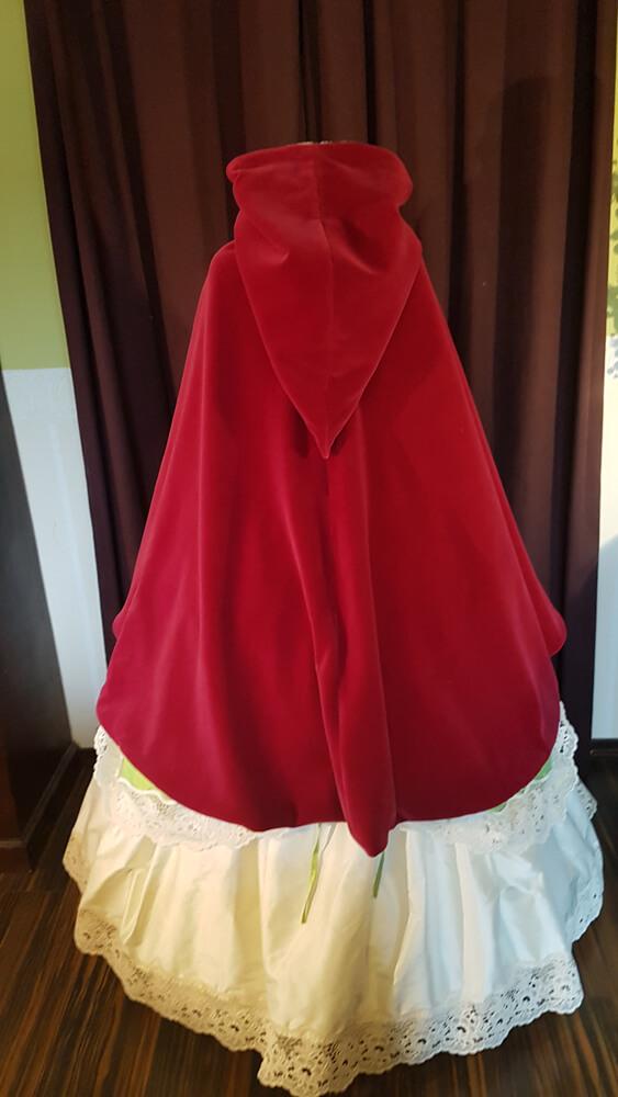 brautkleid cape